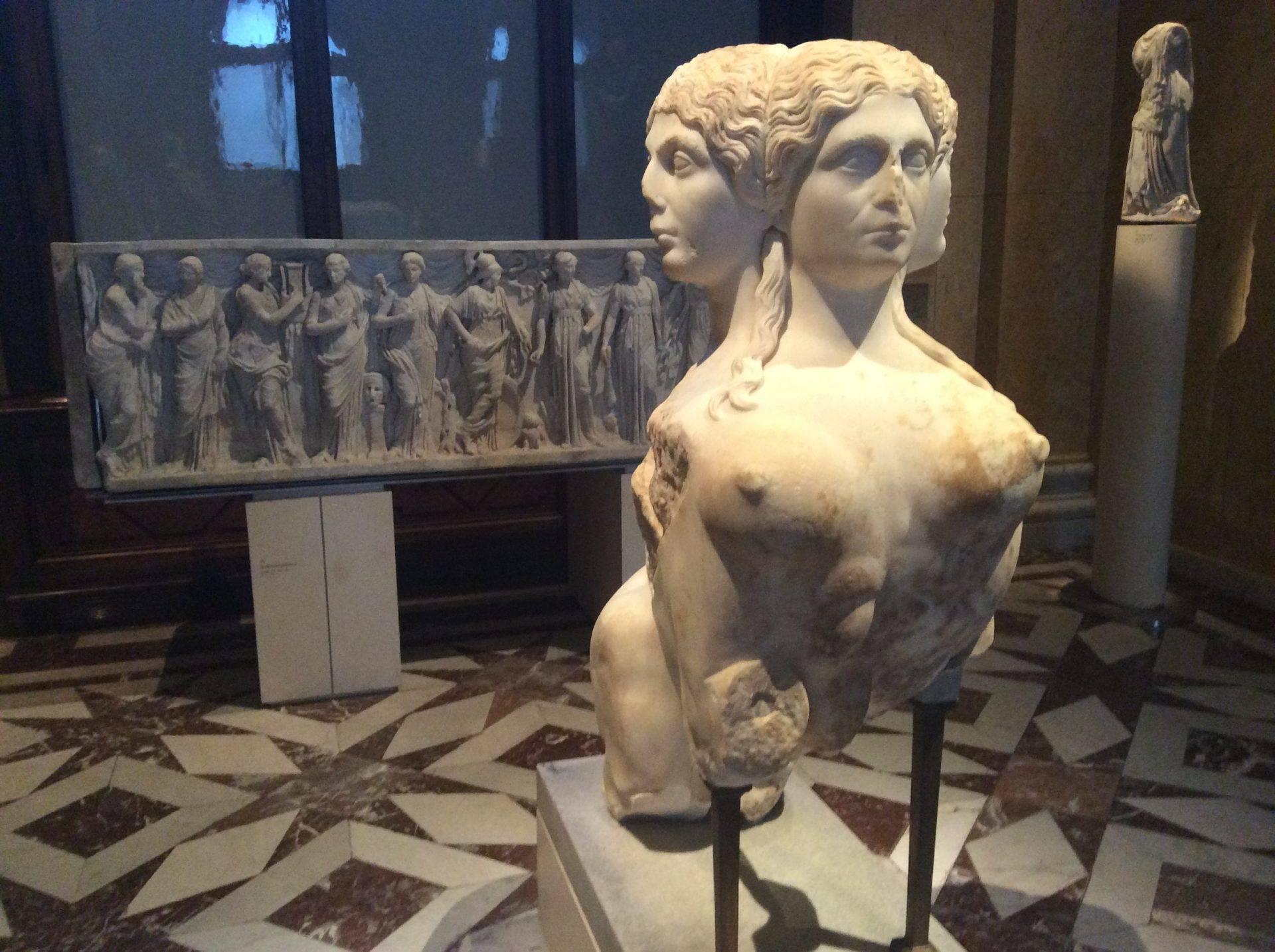 скульптура сфинска вена собрание античности