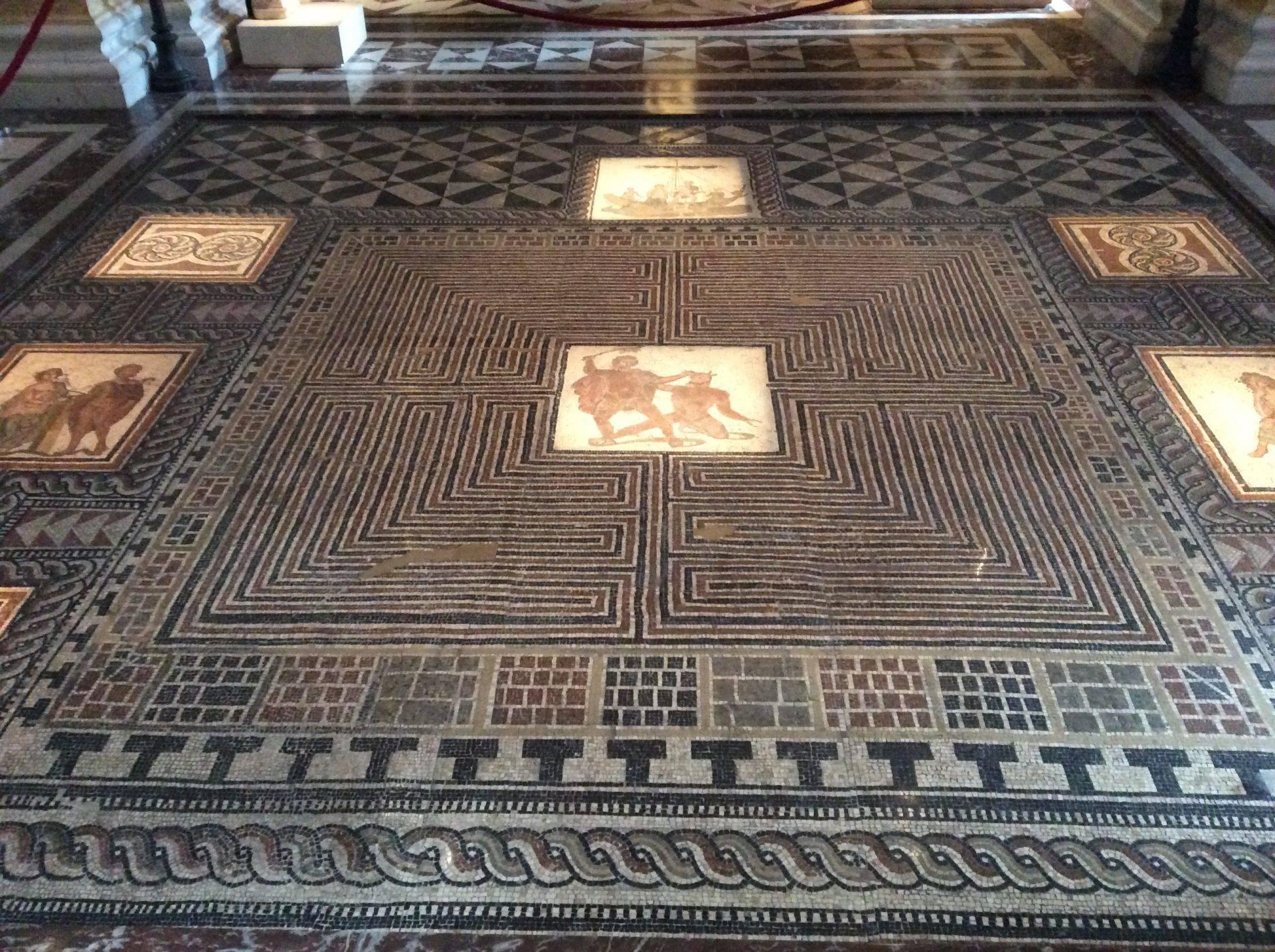 мозаика греция минотавр музей истории искусства