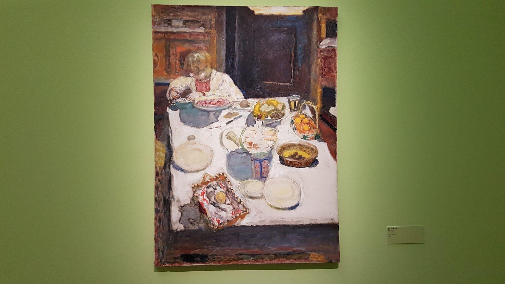 """Картина Боннара """"Завтрак"""" в экспозиции выставки Пьера Боннара в Кунстфоруме Форума Австрия, 2019"""